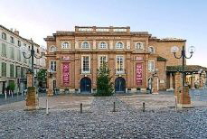 Montauban_Olympe_de_Gouges_theater